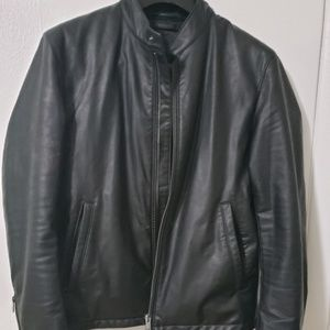 Uniqlo men's leather jacket in black